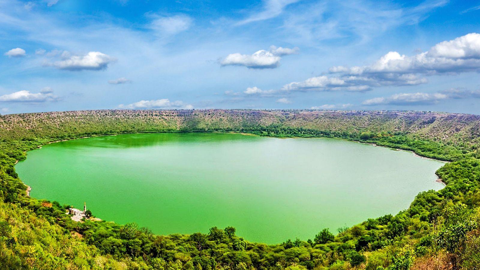 Озеро-кратер Лонар