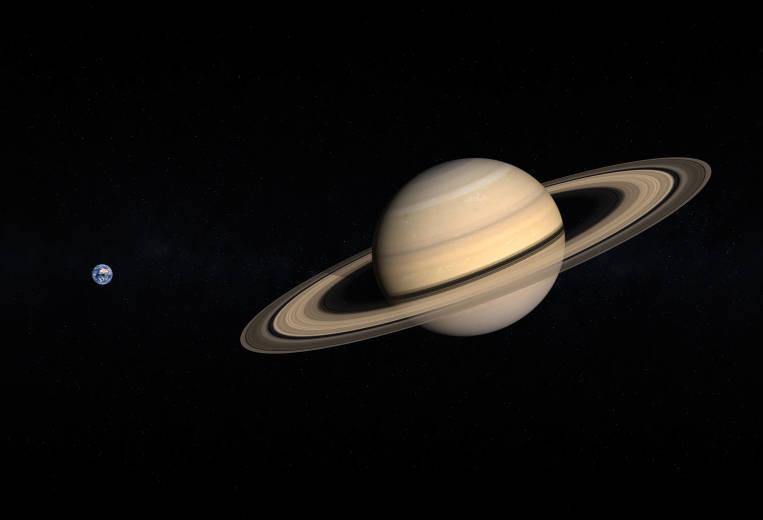 Земля и планета Сатурн