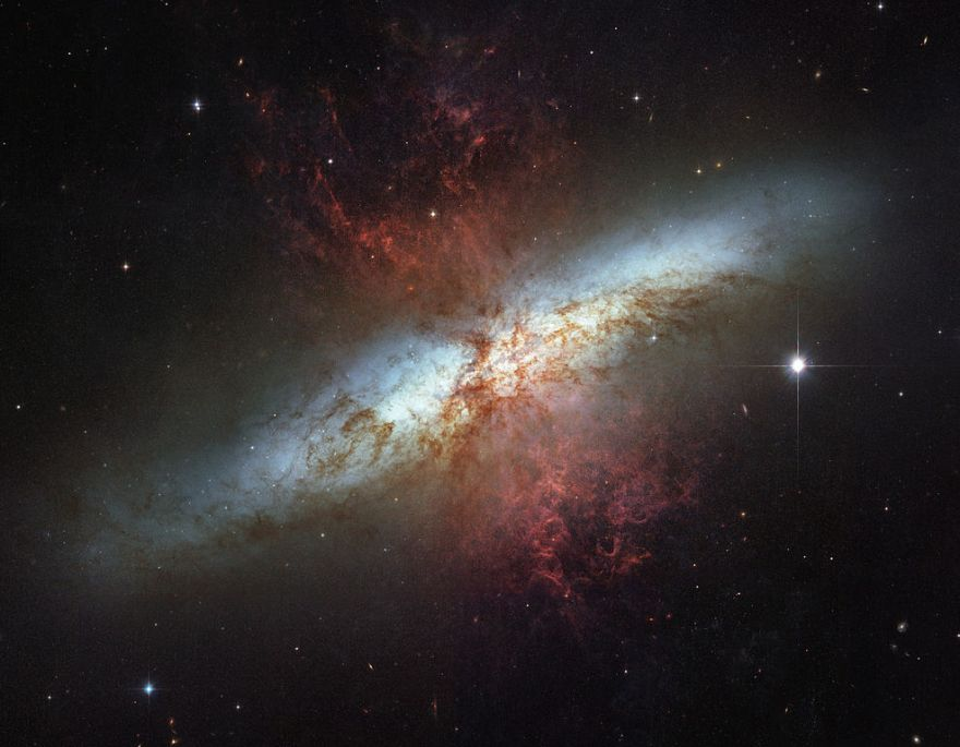 Галактика М 82
